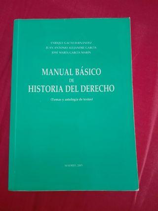 Libro de derecho (Universidad)