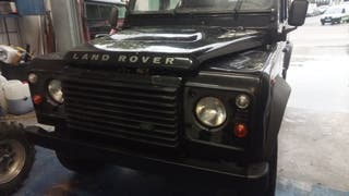 Land Rover Defender 2008 puma