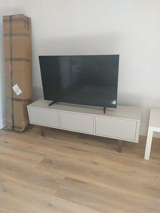 Mueble televisión TV Ikea STOCKHOLM
