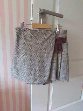 preciosa falda pantalon niña.Talla 13/14 años