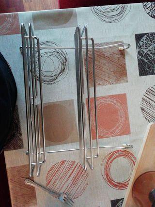 Especiero de metal para cocina