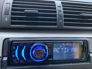 Radio con usb y bluetooth