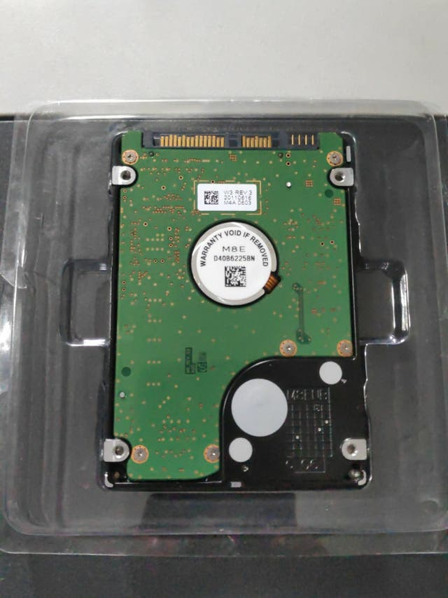 Disco duro 320gb, listo para montar, formateado.