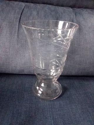 Jarron cristal tallado antiguo