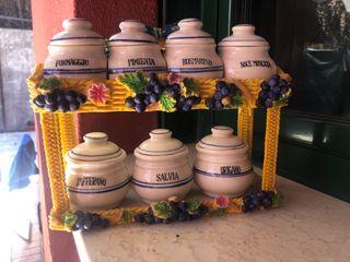 Especiero decorativo de porcelana