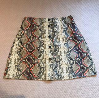 Falda cuero serpiente