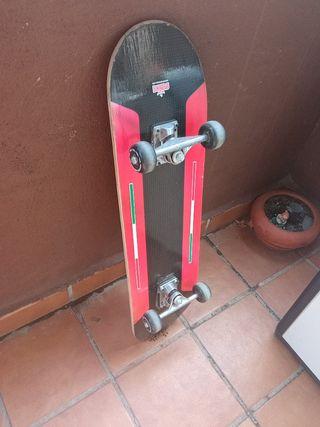 Skate. Completo