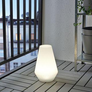 Lámpara de pie solar de IKEA (A ESTRENAR)