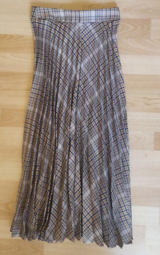 Falda larga plisada de cuadros