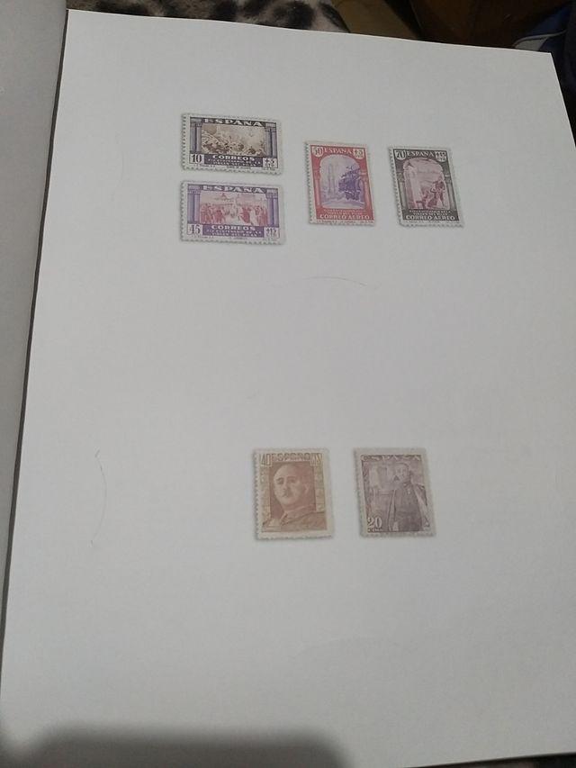 libro con sellos