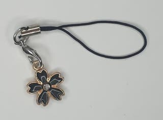 Llavero de flor negra