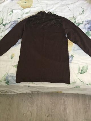 Blusa fina marrón