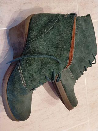 Botines piel verde
