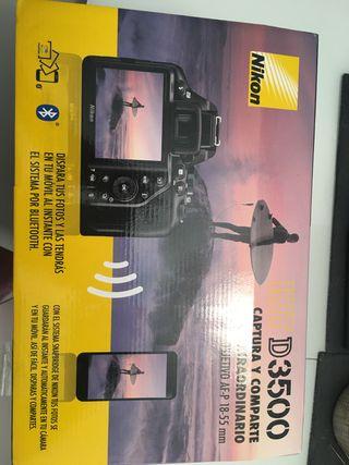 Nikon D350 más objetivo AF-P 18-55 mm