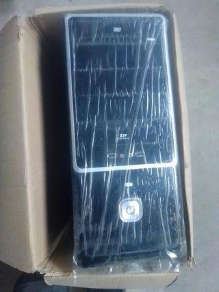carcasa ordinario ATX