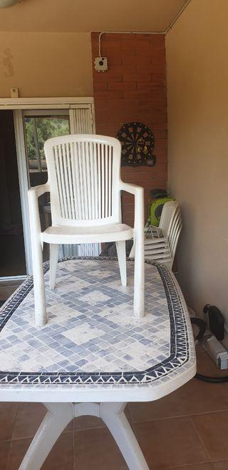 mesa jardin y 5 sillas