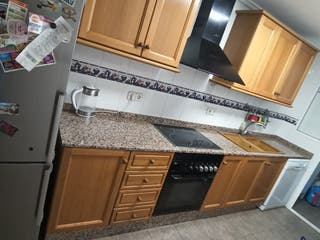 Muebles de cocina (chapa de pino)
