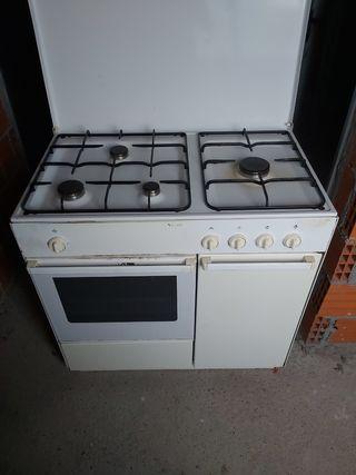 cocina indesit con horno de butano