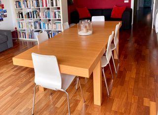 Mesa de comedor (Diseño Habitat)