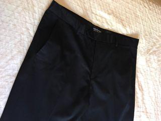 Pantalón de pinzas negro Talla 44