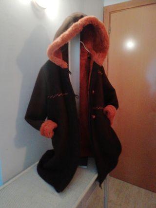 Abrigo de Tizzas 8 años