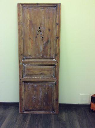 Puerta antigua, con toque de restauración