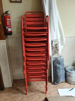 sillas aluminio hosteleria rojas 10 € unidad