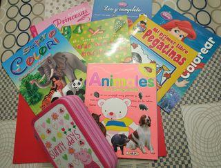 Lote de 7 libros infantiles y 1 estuche Peppa Pig.