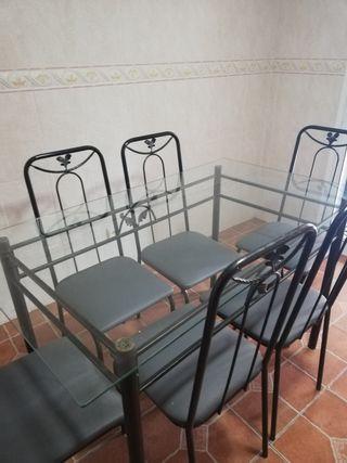 mesas crista y sillas forja