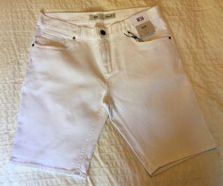 Pantalón vaquero corto blanco Talla 44