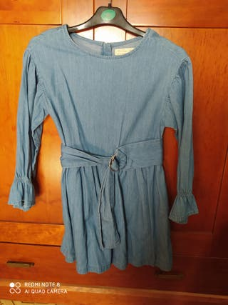 vestido de niña de Zara.