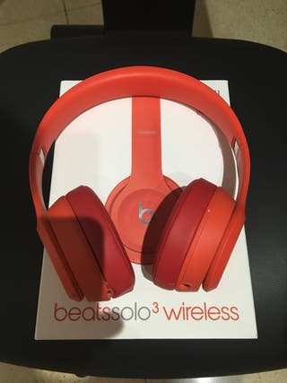 Beats solo 3 red edition