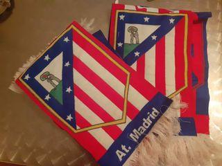 2 bufandas de Atlético Madrid