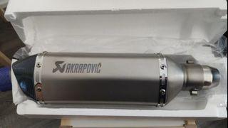 tubo de escape akrapovic nuevo!!