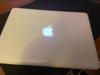 Apple MacBook 2010 Mid