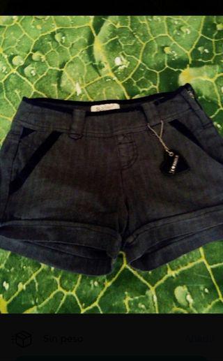 Shorts T 32 Bershka chica