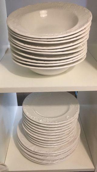 Vajilla porcelana grabada
