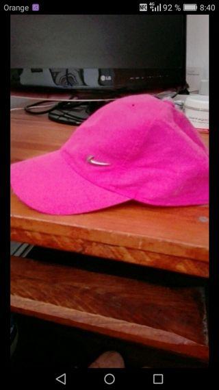 gorra nike rosa