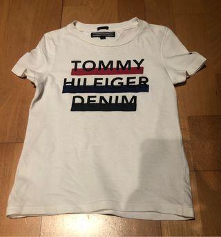 Camiseta Tommy talla 3 años y tejano Levi's