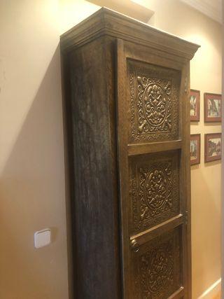Armario oriental, vitrina, almacenaje