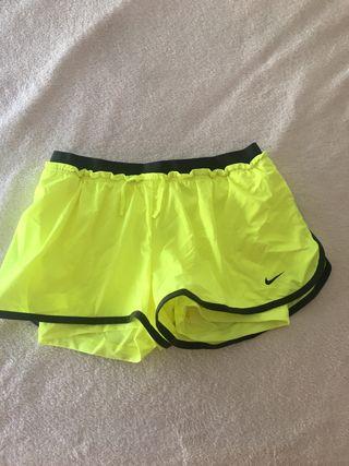 Pantalón con malla Nike