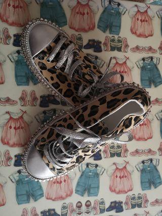 zapatillas, playeras número 39