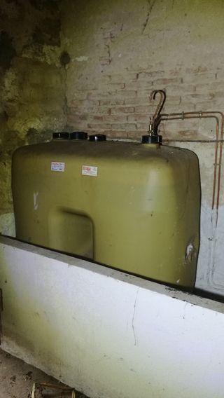 Caldera gasoil deposito gasoil lleno y radiadores