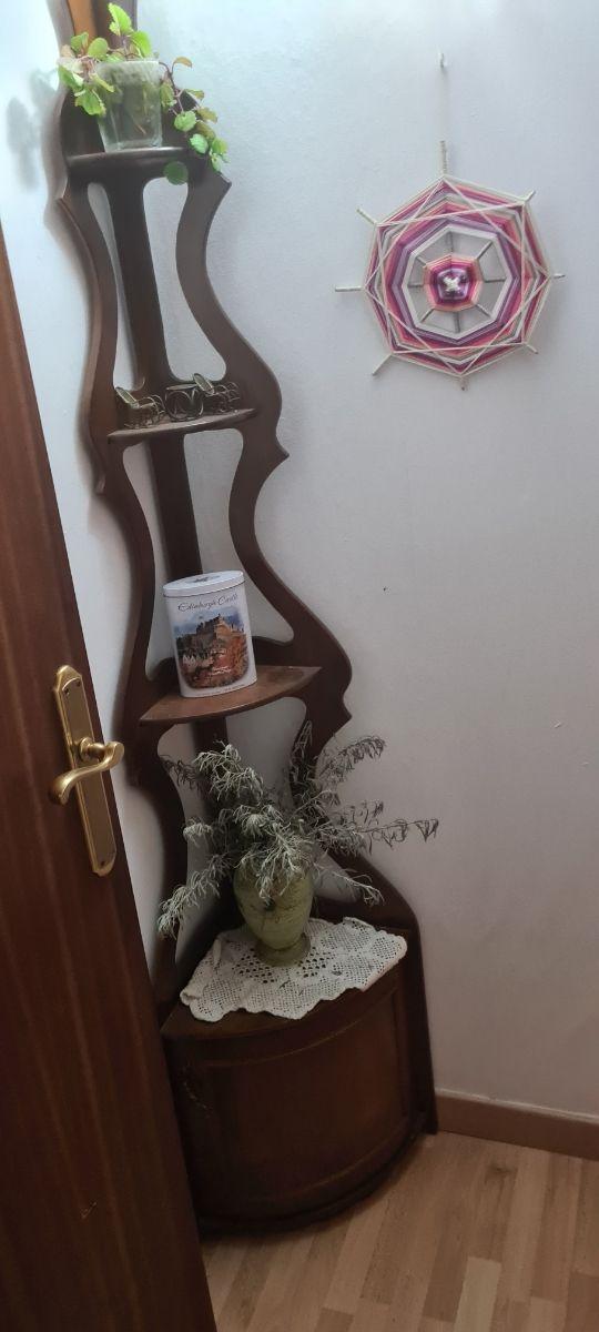 mueble decorativo esquinero