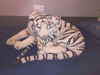 URGE Peluche tigre Bengala con cría
