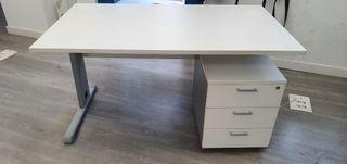 Mesa oficina Blanca con cajonera. 4 unidades.