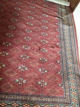alfombra de 2m de ancho y 3,10 metros de largo