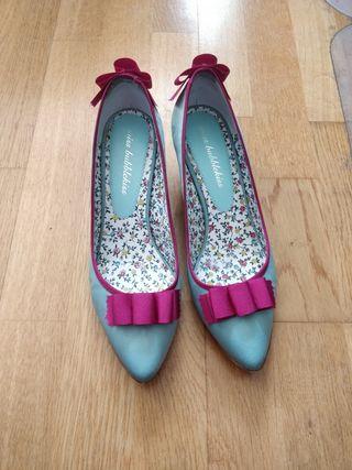 Zapatos de raso estilo María Antonieta
