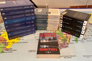 Lote Anne Perry (17 libros)