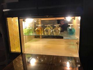 Mueble bar con luz integrada